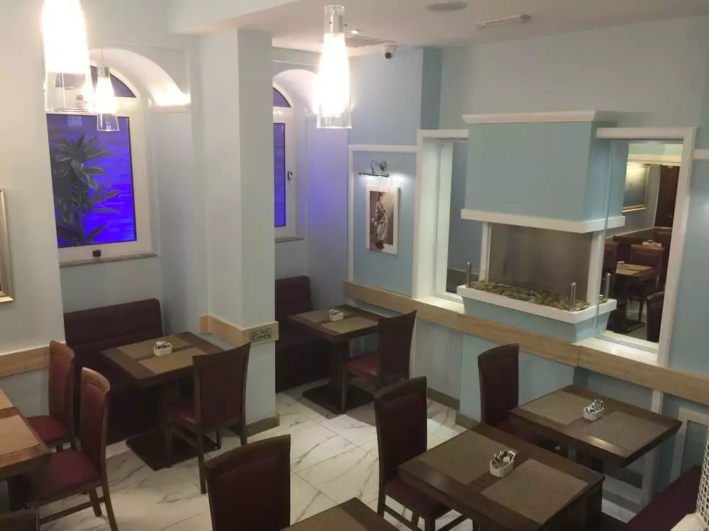 Grand Harbour hotel restaurant